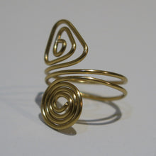 Load image into Gallery viewer, Spiral/Triangle Adjustable Wire Ring