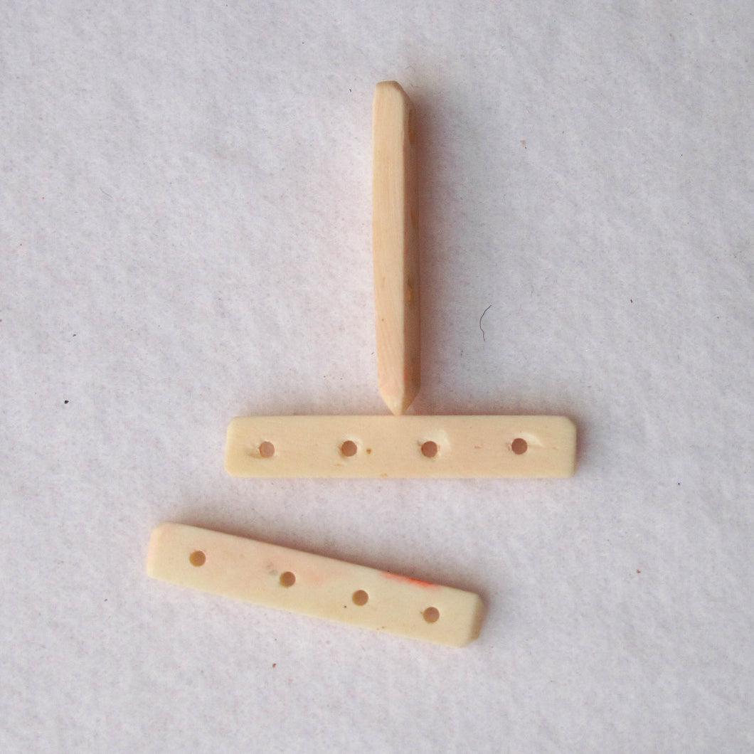 Spacers, Bone, 4-Hole (click for colors)