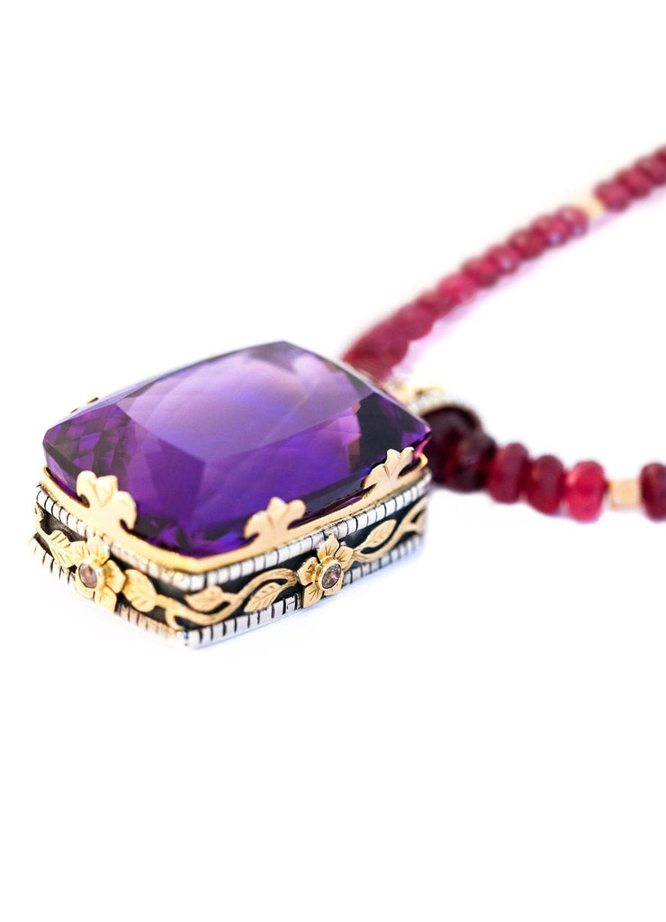 Amethyst And Ruby Necklace In Gold