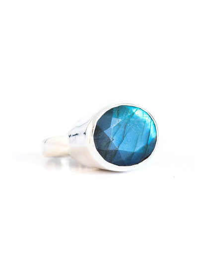Labradorite East West Ring - Inaya Jewelry
