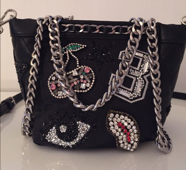 GORGEOUS BLACK LEATHER BAG WITH DIAMOND DETAIL