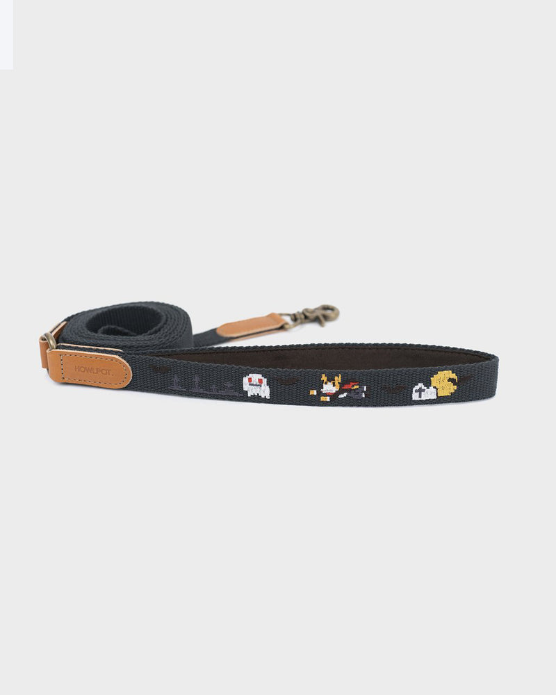 Dog leash with superhero dog embroidered. Charcoal and black color.