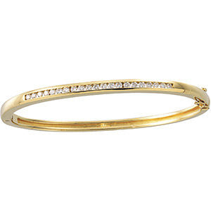 5/8 CTTW Diamond Bangle Bracelet in 14k Yellow Gold