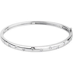 14k White Gold 1/2 CTW Diamond Bangle Bracelet