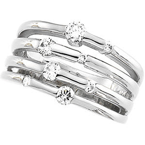 14k White Gold Diamond Right Hand Ring, Size 7