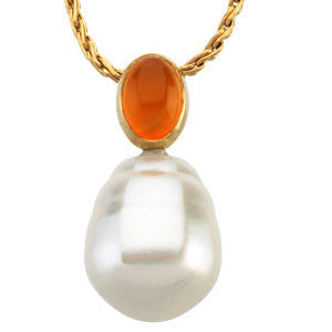 14k Yellow Gold 8x6mm Carnelian Semi-set Pendant for Pearl