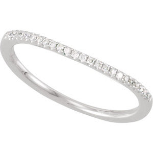 14k White Gold 1/10 CTW Diamond Band, Size 7