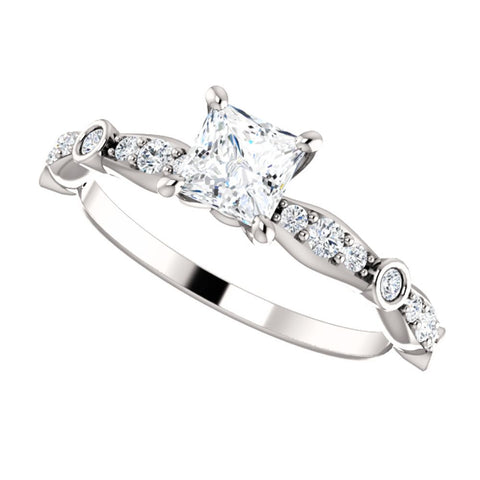 14k White Gold 04.50x04.50 mm Engagement Ring, Size 7