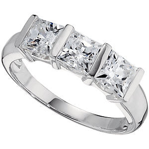 Cubic Zirconia Ring in Sterling Silver ( Size 6 )