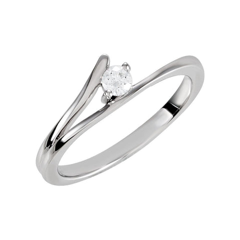 Split Shank Style Cubic Zirconia Ring in Sterling Silver ( Size 7 )