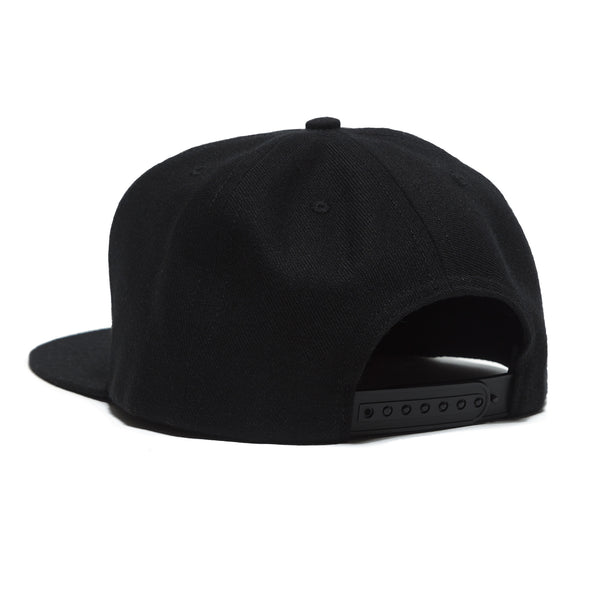 OG LOGO SNAP BACK HAT - BLACK