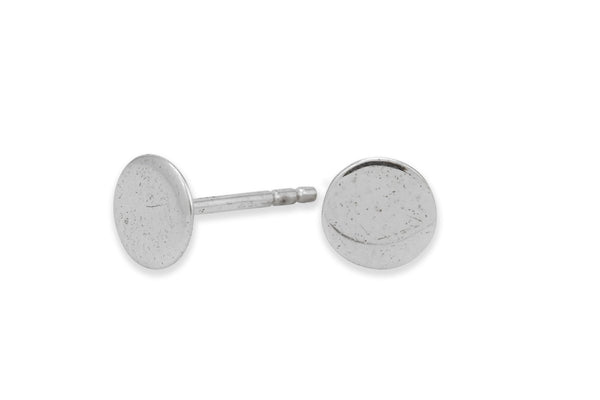 Sterling silver circle studs // disc studs // flat circle - Amanda K Lockrow