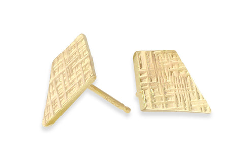 14k yellow gold trapezoid studs - Amanda K Lockrow