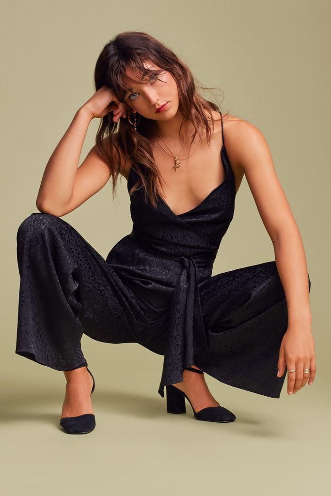 0cf3fced13 ... Finders Keepers. HEATWAVE JUMPSUIT black. HEATWAVE JUMPSUIT black. HEATWAVE  JUMPSUIT black