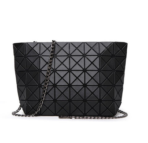 Geometric Prism Crossbody Shoulder Bag with Link Chain - Black