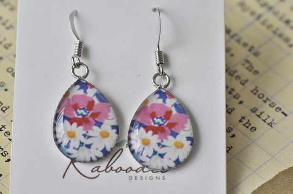 Handmade Teardrop Hook Dangle Flowers Earrings - TDE110