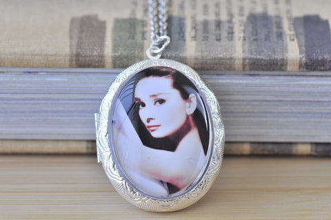 Large Oval Locket - Audrey Hepburn