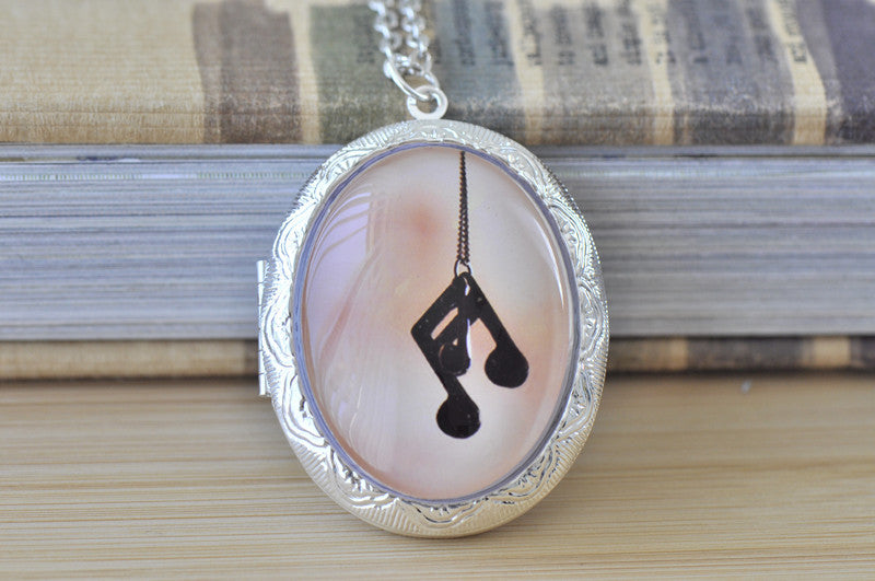 Large Oval Locket - Music Note