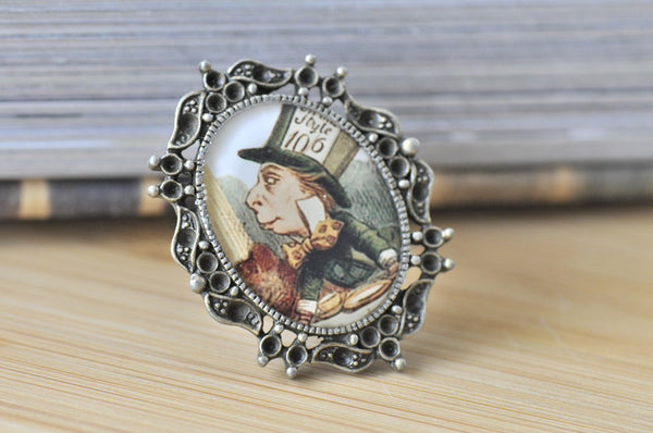 Alice In Wonderland Mad Hatter Oval Ring