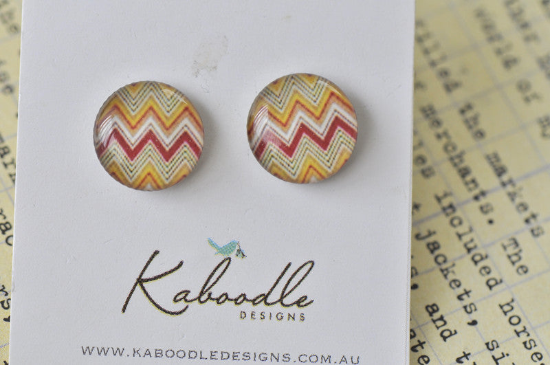 Handmade Artwork Chevron Stud Earrings - ER320
