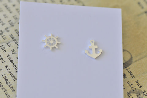 Silver - Stainless Steel Anchor and Wheel Cutout Mini Dainty Stud Earrings