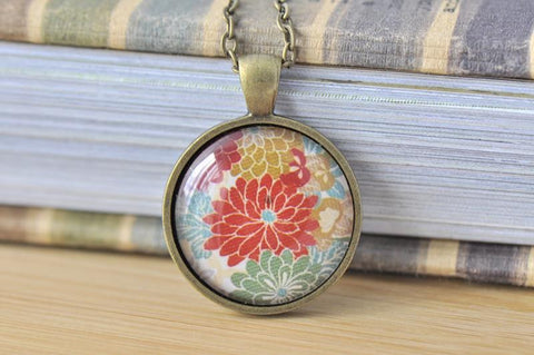 Handmade 25mm Glass Pendant Necklace - Japanese Flower 1