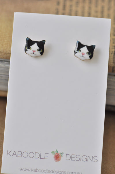 Cat Face Enamel Stud Earrings - Black