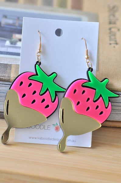 Acrylic Perspex Chocolate Dipped Strawberry Dangle Drop Earrings