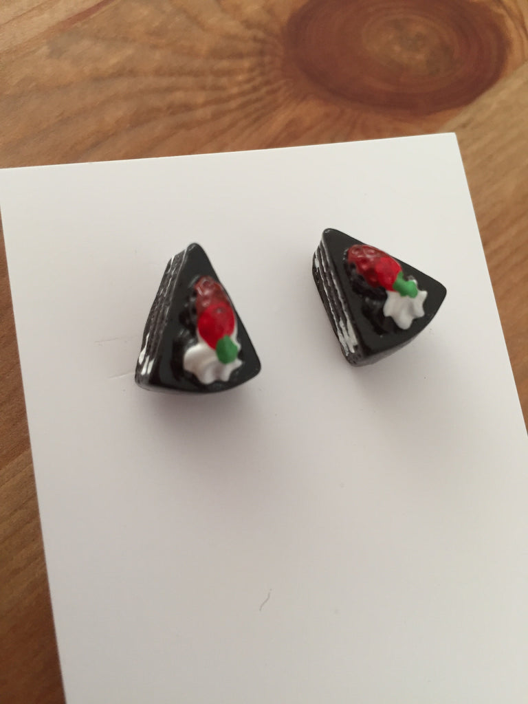 Miniature 3D Food Yummy Chocolate Cake Stud Earrings