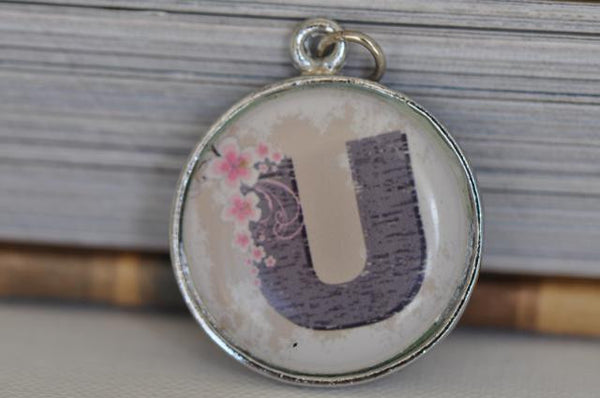 Handmade 25mm Resin Necklace - Alphabet U Resin pendant