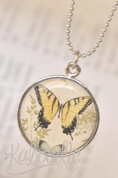 Handmade 25mm Resin Necklace - Beautiful Butterfly