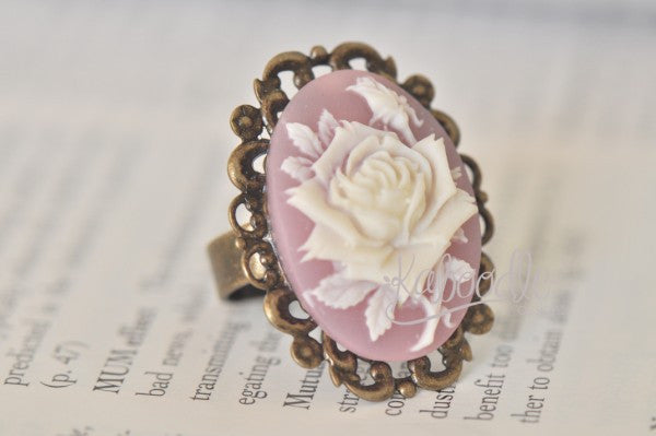 Blooming Rose in Purple - Vintage Ring