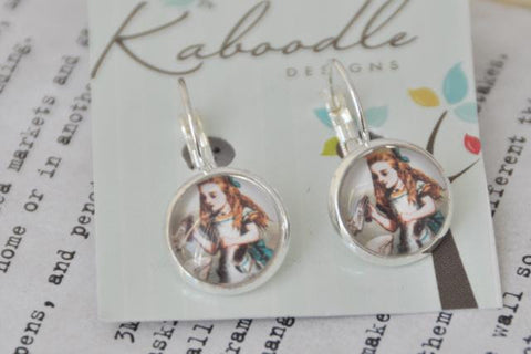 Handmade Alice In Wonderland Drink Me Round Clip Dangle Earrings CDE9
