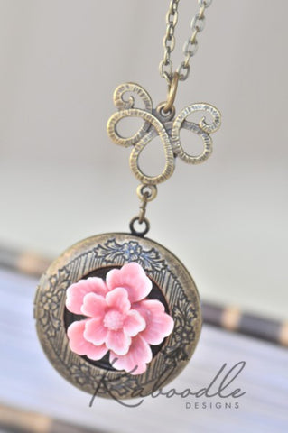 Floral Filigree Locket Necklace in Pink