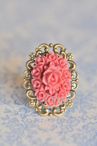 Hello Blooms in Fuscia - Vintage Inspired Ring