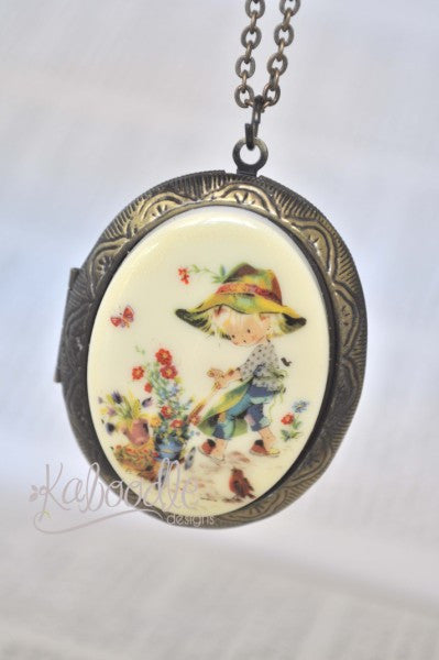 Holly Hobbie Field Locket