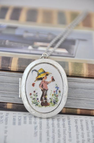 Holly Hobbie Locket 2