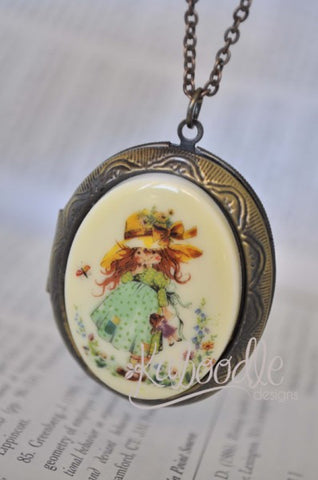 Holly Hobbie Sweetheart Large Locket