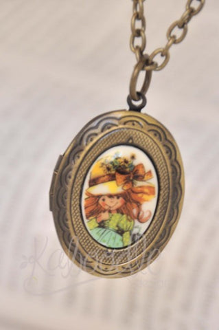Holly Hobby - Small Oval Locket