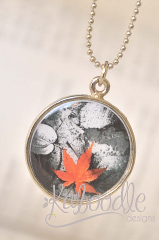 Handmade 25mm Resin Necklace - Maple Leaf