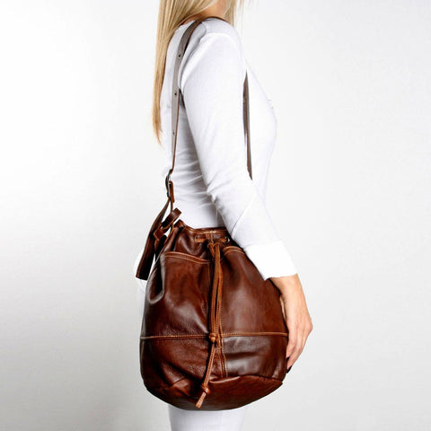Thandana Bucket Bag. - Leather - Tobacco brown