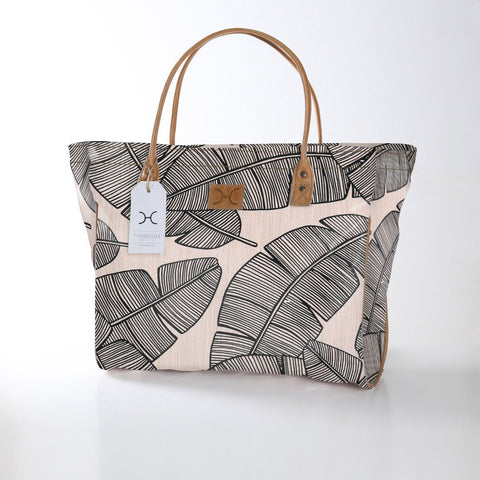 Thandana Shopper - Shelly Beach - Black