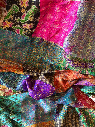 Kantha Throw, VINTAGE SILK - 'AKUTI""