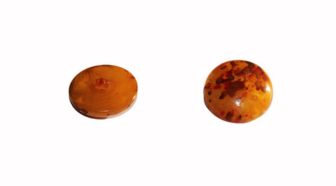 Bouton résine polyester à pied ambre orange 28 mm