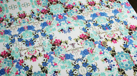 Coupon tissu jersey polyester floral fleur