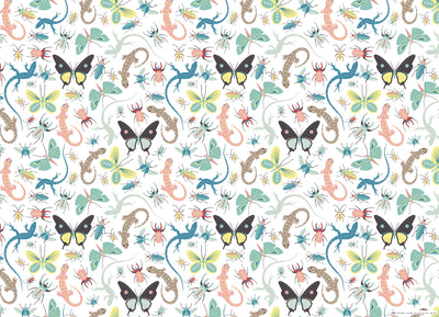 Children's wrapping paper with lizards and bugs