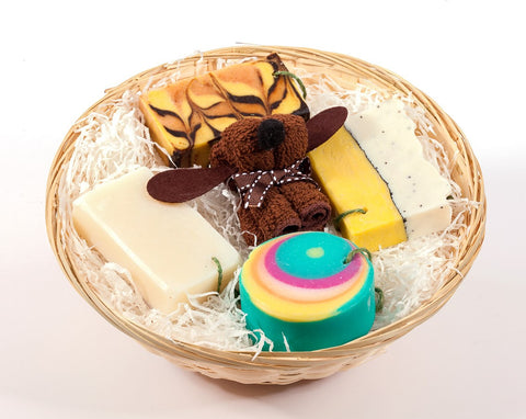 Soap gift set: The cheerful basket