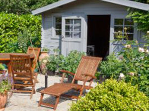GARDEN STORAGE & FURNITURE