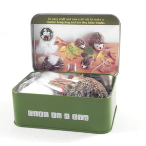 Apples to Pears 101286 Sew Me Up Hedgehog Set In A Tin