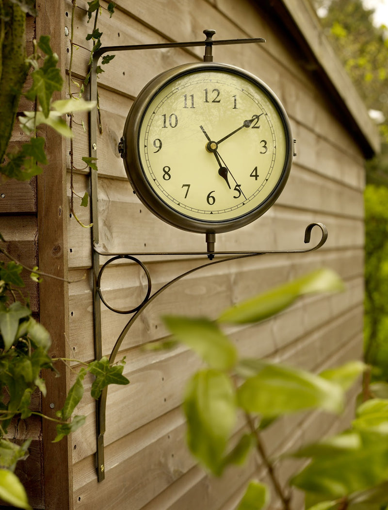 Town & Country WEA6 Outdoor Dual Faced Clock & Thermometer